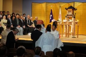 参列者お一人お一人が天拝を受け富士山の大神さまの御神威を受けられました