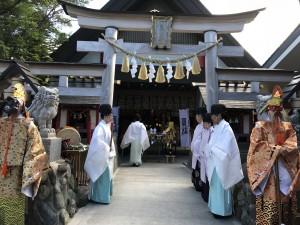 7月1日 早朝 五合目小御岳神社での開山祭